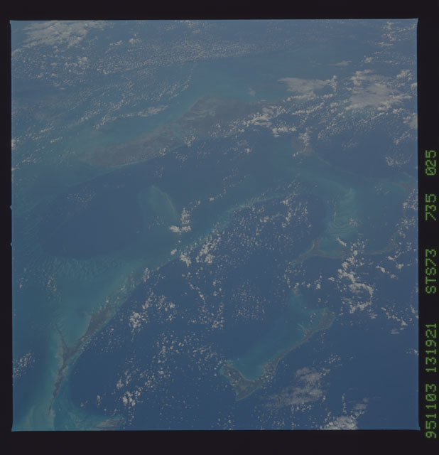 STS073-735-025 - STS-073 - Earth observations taken from shuttle orbiter Columbia