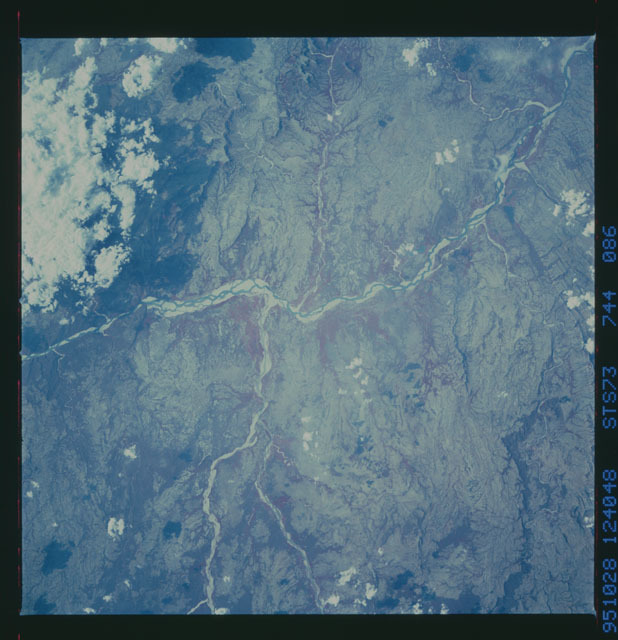 STS073-744-086 - STS-073 - Earth observations taken from shuttle orbiter Columbia