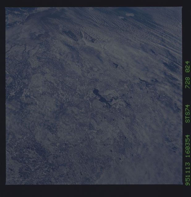 STS074-728-024 - STS-074 - Earth observations taken during STS-74 mission