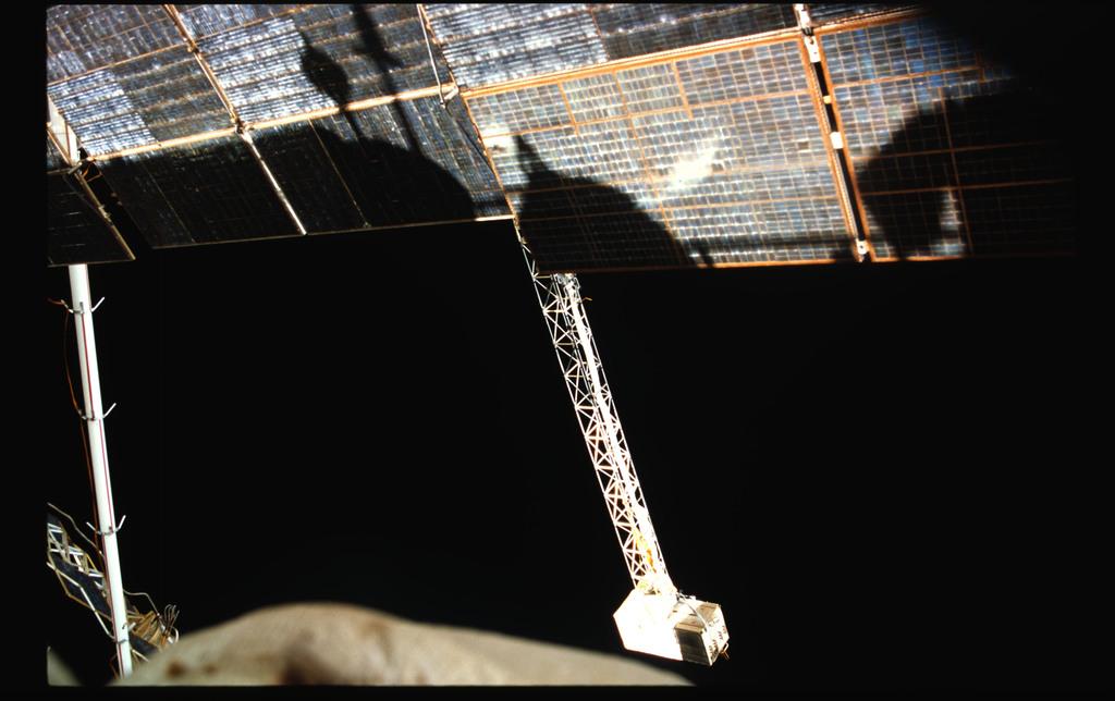 STS076-401-026 - STS-076 - EVA