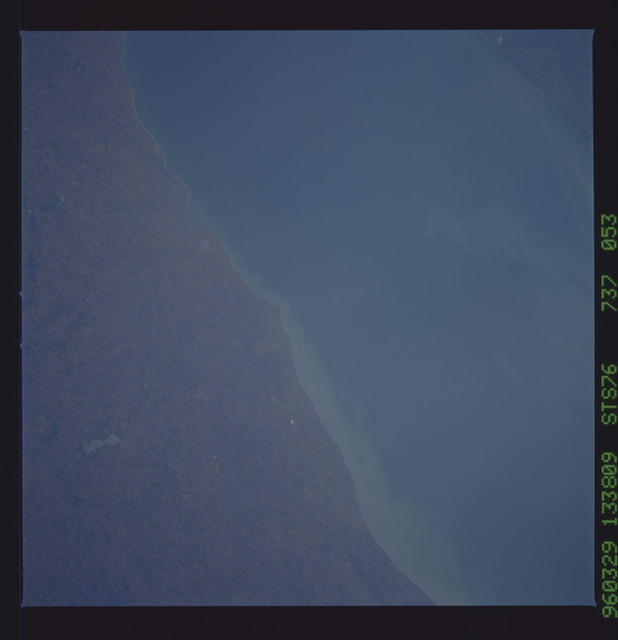 STS076-737-053 - STS-076 - Earth observations taken from shuttle orbiter Atlantis during STS-76 mission