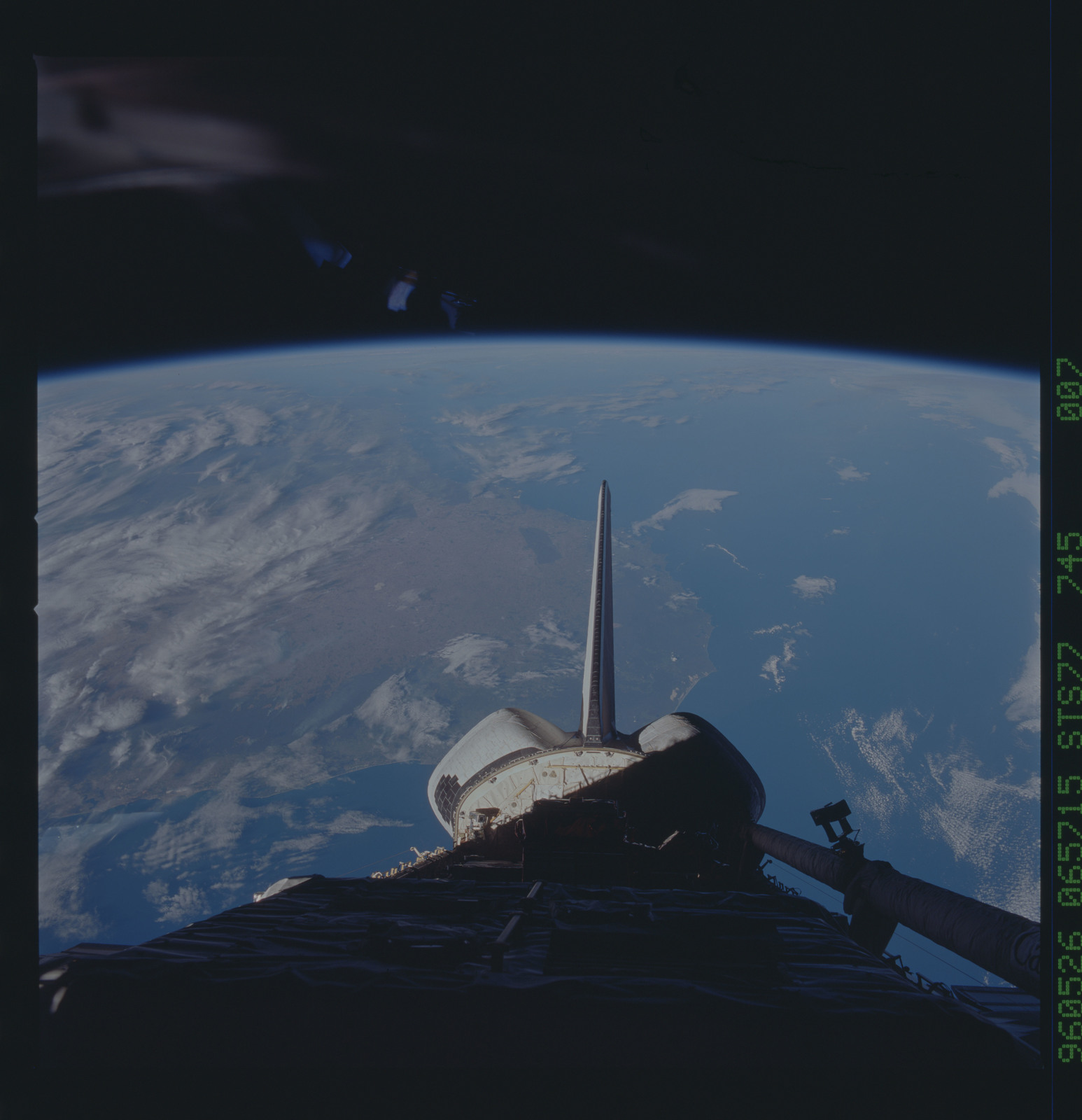 STS077-745-007 - STS-077 - View of the Endeavour's payload bay