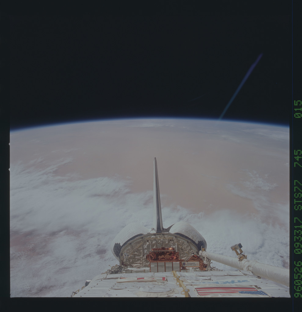 STS077-745-015 - STS-077 - View of the Endeavour's payload bay