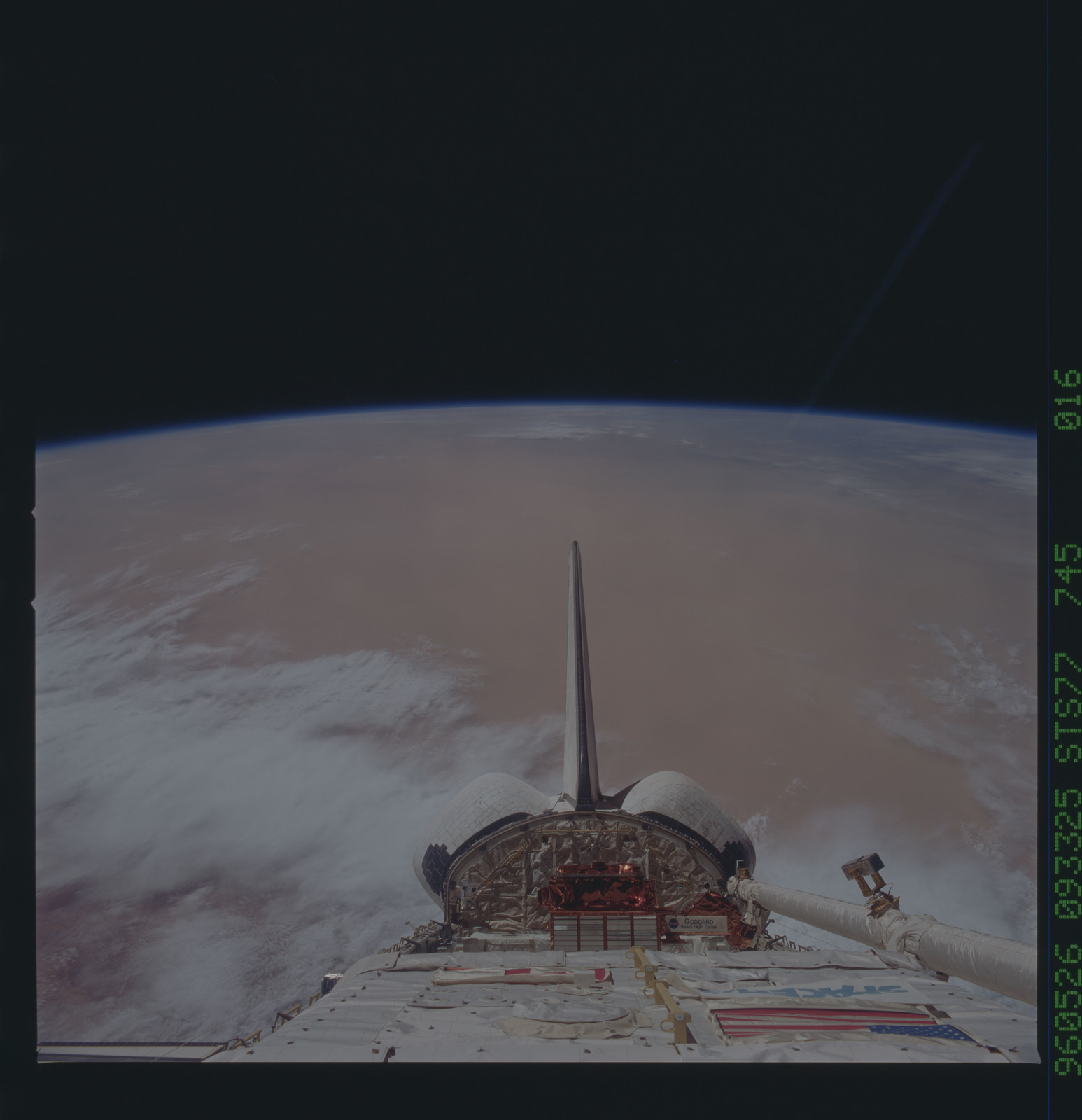 STS077-745-016 - STS-077 - View of the Endeavour's payload bay