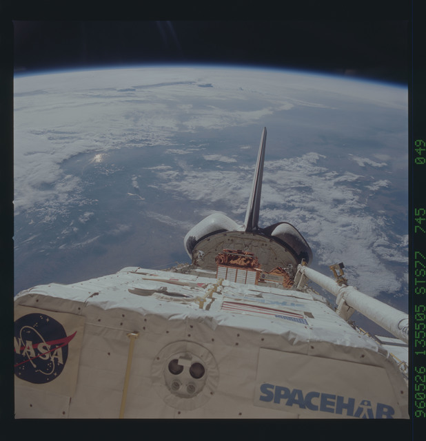STS077-745-049 - STS-077 - View of the Endeavour's payload bay