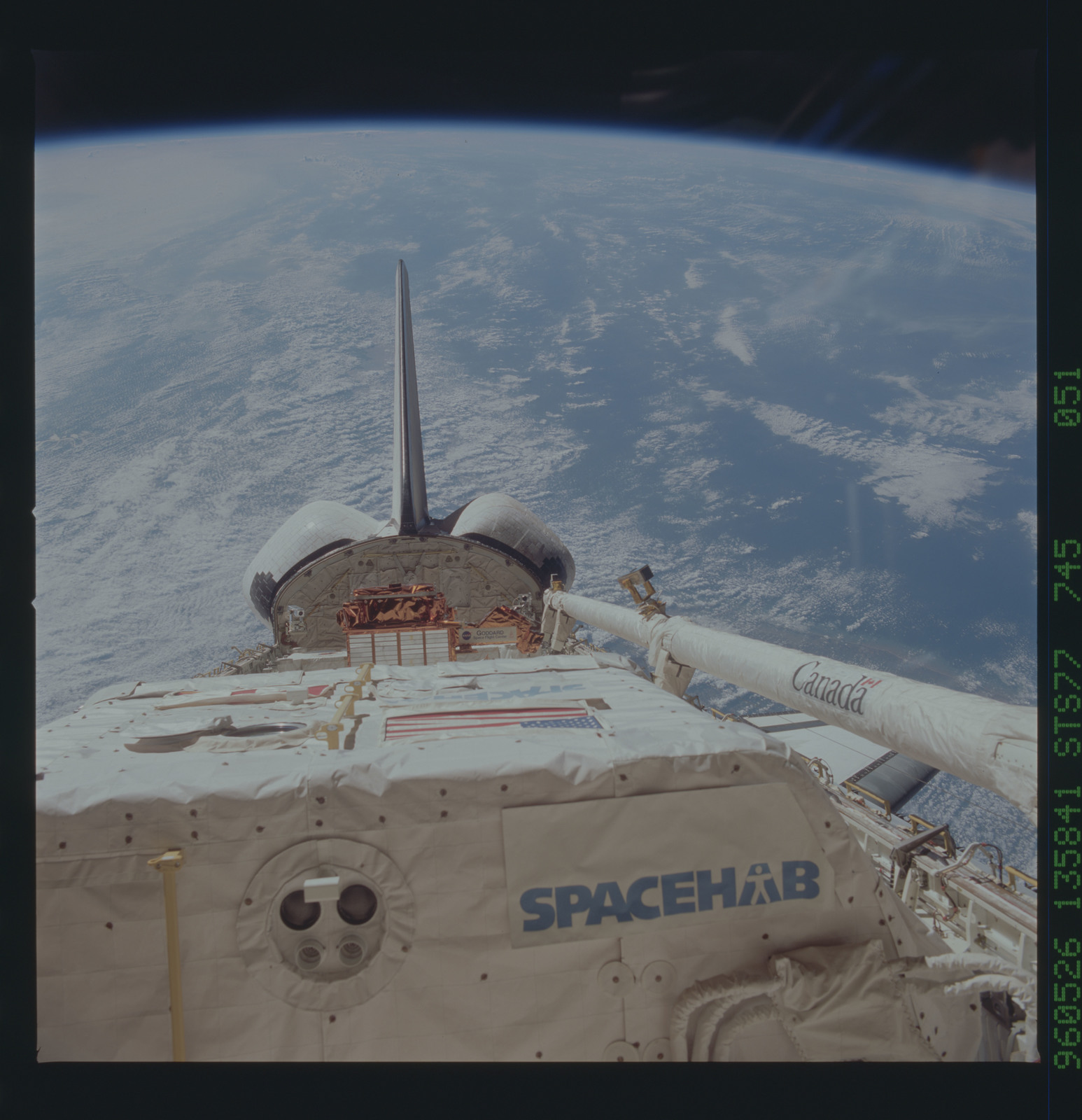 STS077-745-051 - STS-077 - View of the Endeavour's payload bay