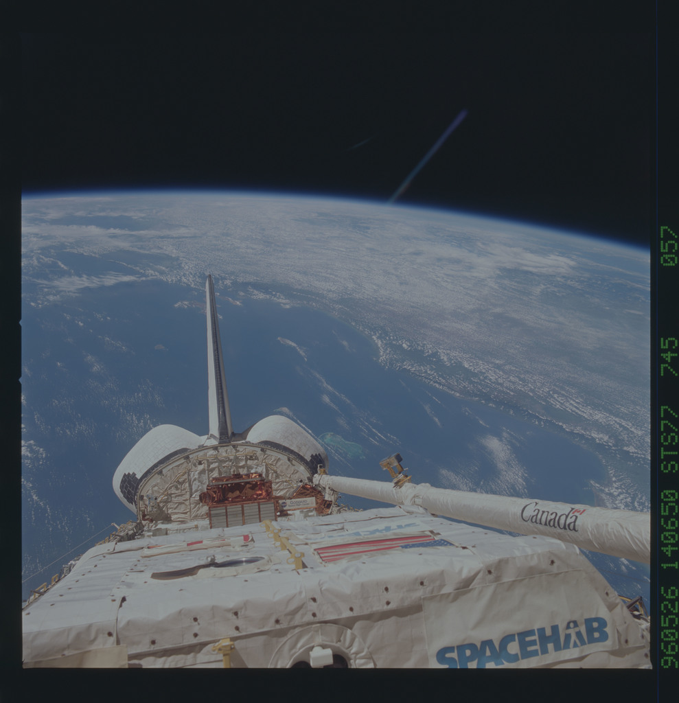 STS077-745-057 - STS-077 - View of the Endeavour's payload bay