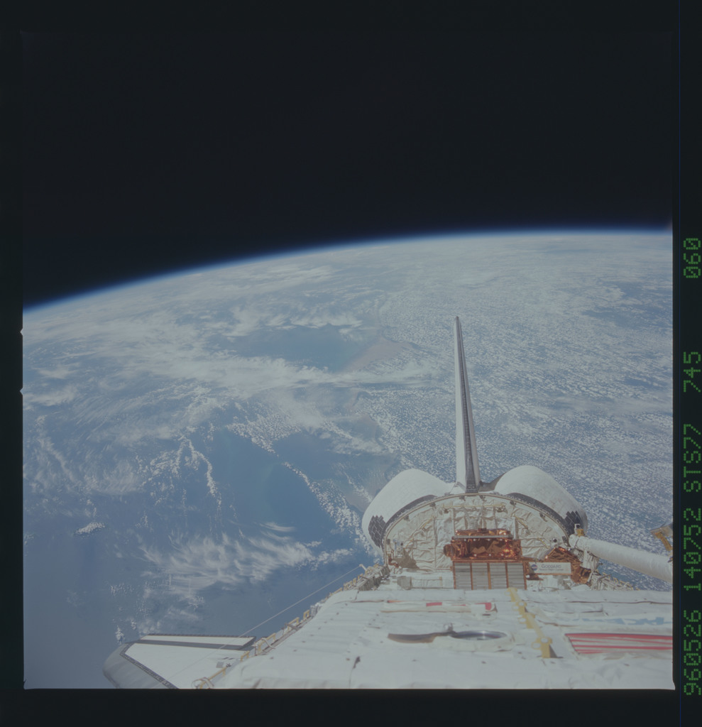 STS077-745-060 - STS-077 - View of the Endeavour's payload bay