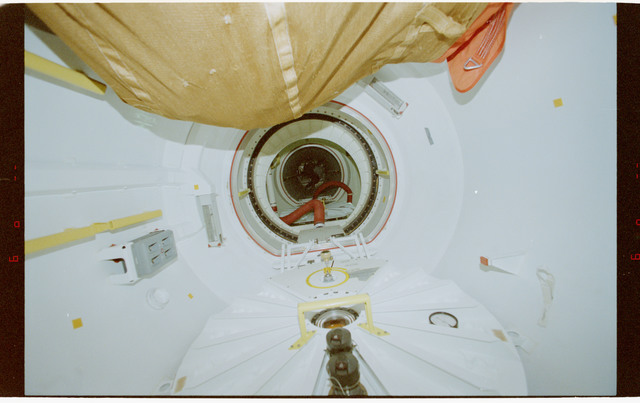 STS079-343-029 - STS-079 - Views of the transfer tunnel and the Spacehab module