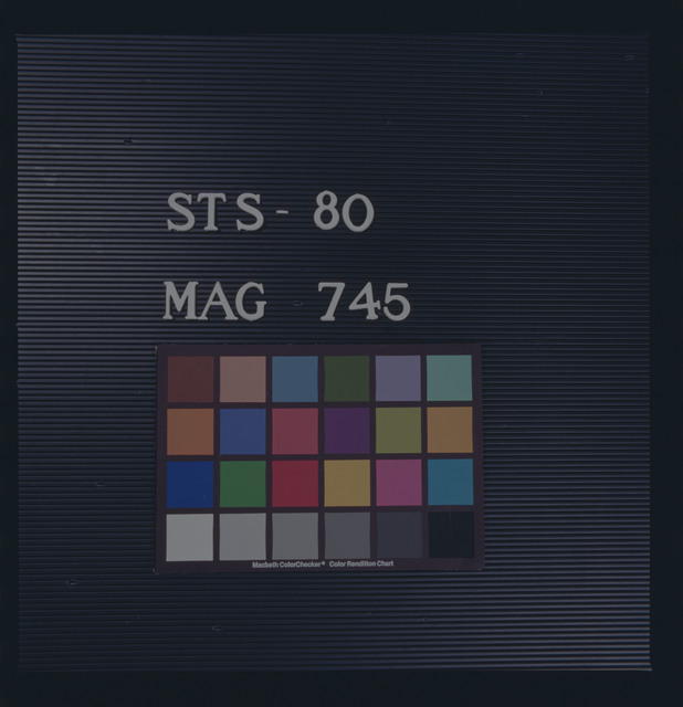 STS080-745-000 - STS-080