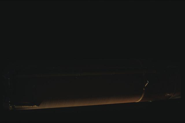 STS080-ET390-063 - STS-080