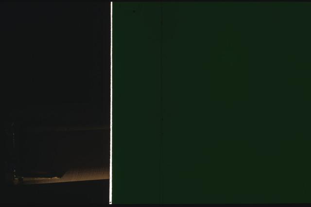 STS080-ET390-066 - STS-080