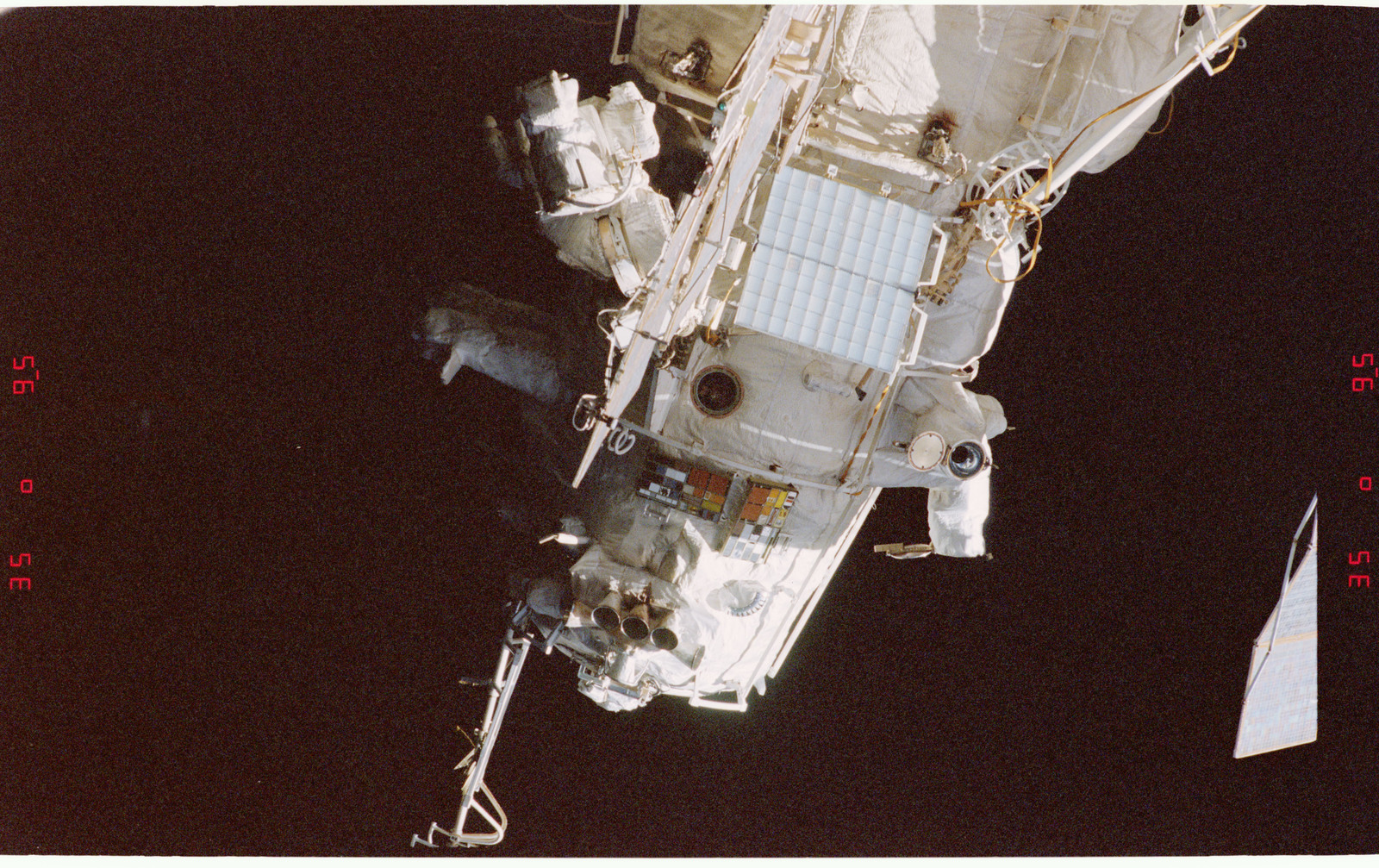 Sts081 367 001 Sts 081 Survey Views Of The Mir Space Station