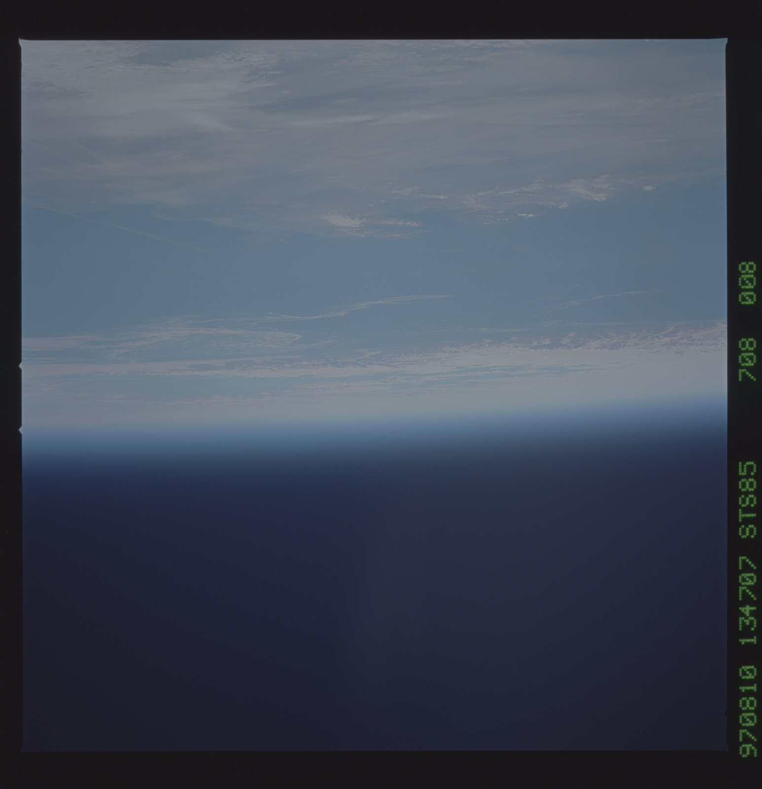 STS085-708-008 - STS-085 - Earth observations taken from orbiter Discovery during STS-85 mission