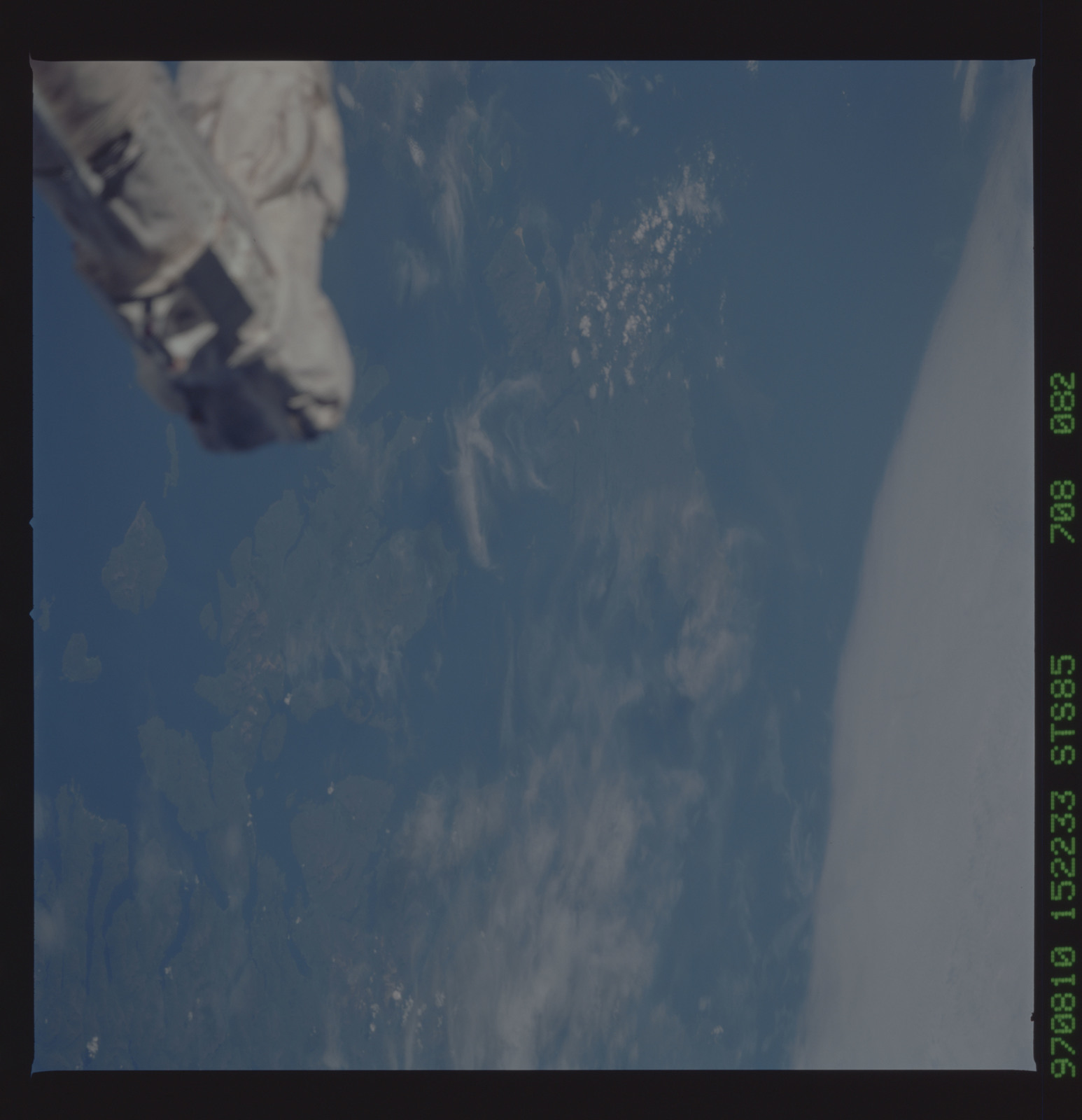 STS085-708-082 - STS-085 - Earth observations taken from orbiter Discovery during STS-85 mission