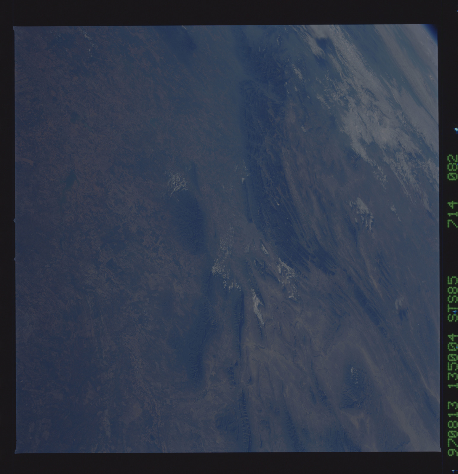 STS085-714-082 - STS-085 - Earth observations taken from orbiter Discovery during STS-85 mission