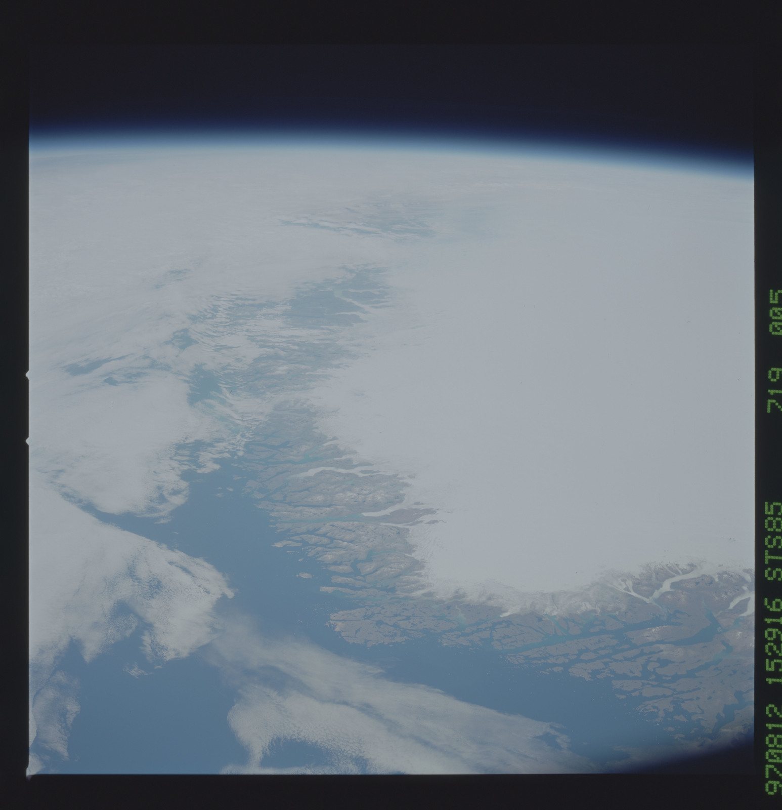 STS085-719-005 - STS-085 - Earth observations taken from orbiter Discovery during STS-85 mission