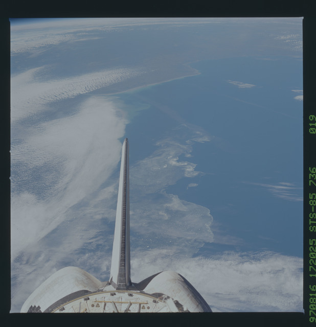 STS085-736-019 - STS-085 - Earth observations taken from orbiter Discovery during STS-85 mission
