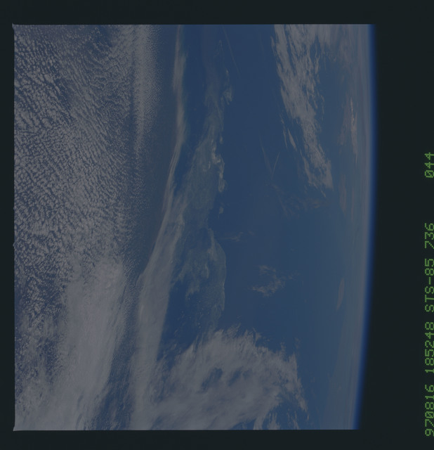 STS085-736-044 - STS-085 - Earth observations taken from orbiter Discovery during STS-85 mission
