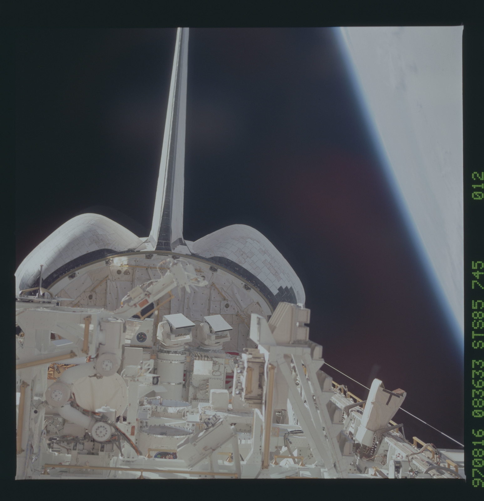 STS085-745-012 - STS-085 - Payload bay view with GLO instruments visible