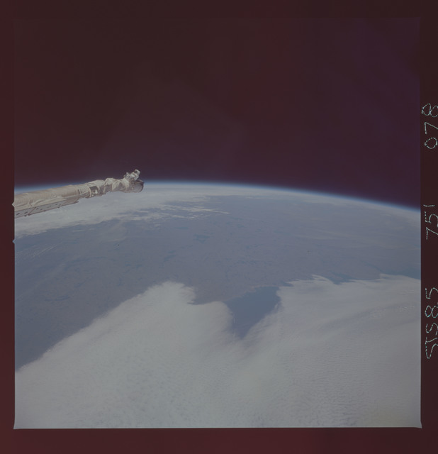 STS085-751-078 - STS-085 - Earth observations taken from orbiter Discovery during STS-85 mission