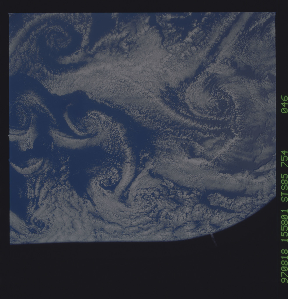 STS085-754-046 - STS-085 - Earth observations taken from orbiter Discovery during STS-85 mission