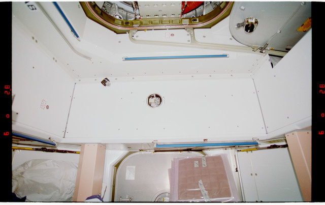 STS088-328-025 - STS-088 - View of the interior of the Node 1/Unity module