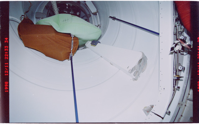 STS088-332-009 - STS-088 - Views of a spare air duct in the PMA leading to the FGB/Zarya module