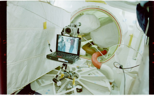 STS088-338-008 - STS-088 - PGSC used for teleconferencing on Endeavour's middeck