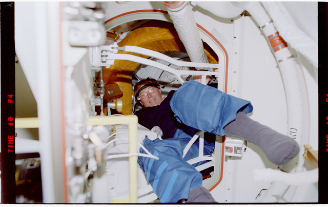 STS088-342-013 - STS-088 - View of the STS-88 crew in the PMA and Node 1/Unity module