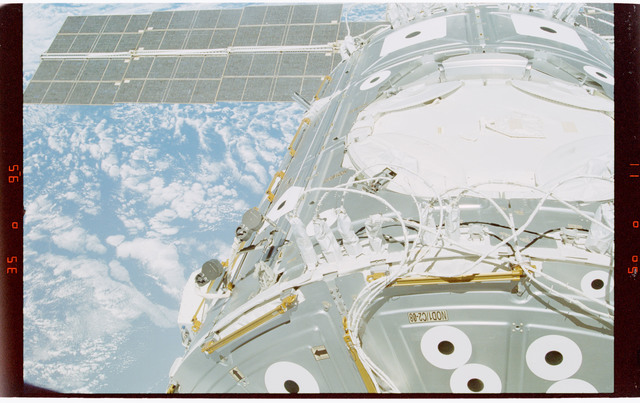 STS088-363-021 - STS-088 - View of the ISS stack in the Endeavour's payload bay