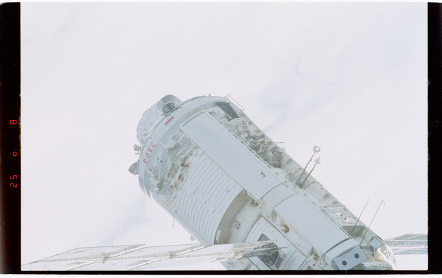 STS088-369-032 - STS-088 - View of the free-flying ISS stack taken during fly-around by STS-119
