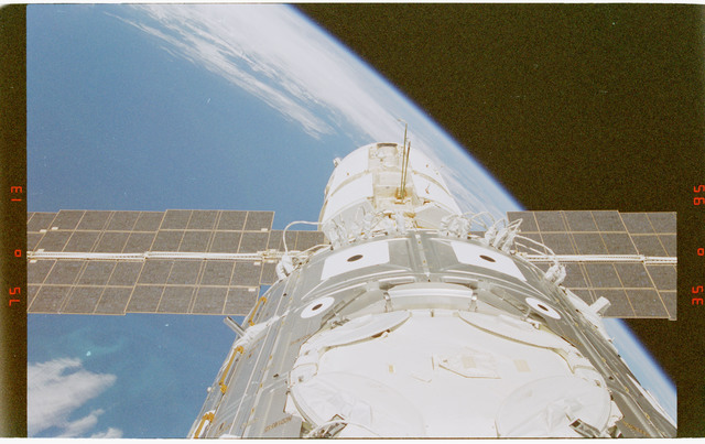 STS088-372-002 - STS-088 - View of the ISS stack in the Endeavour's payload bay