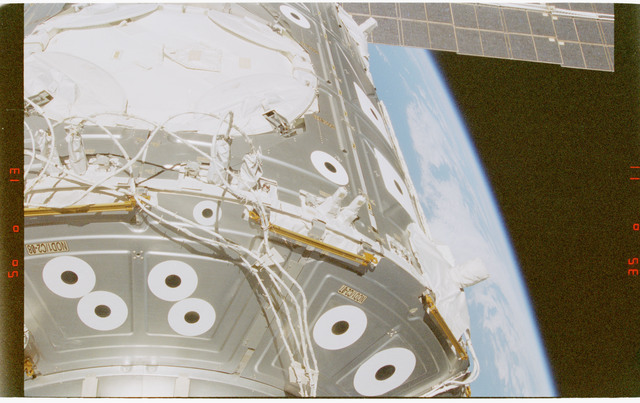 STS088-372-006 - STS-088 - View of the ISS stack in the Endeavour's payload bay