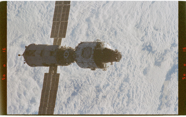 STS088-372-028 - STS-088 - Views of the ISS stack in orbit taken during STS-88 flyaround