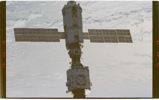 STS088-372-032 - STS-088 - Views of the ISS stack in orbit taken during STS-88 flyaround