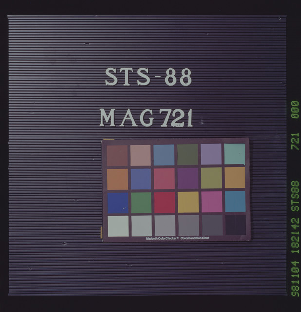 STS088-721-000 - STS-088