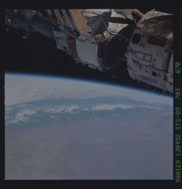 STS089-703-070 - STS-089 - Earth observations during STS-109