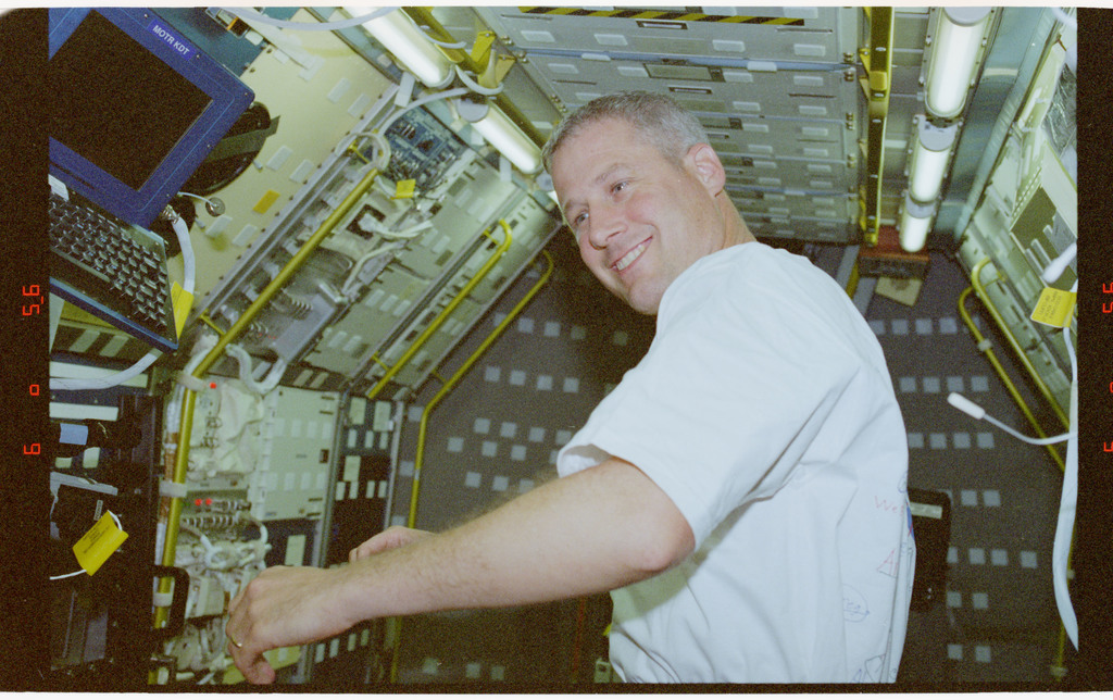 STS090-346-013 - STS-090 - Buckey in Spacelab module