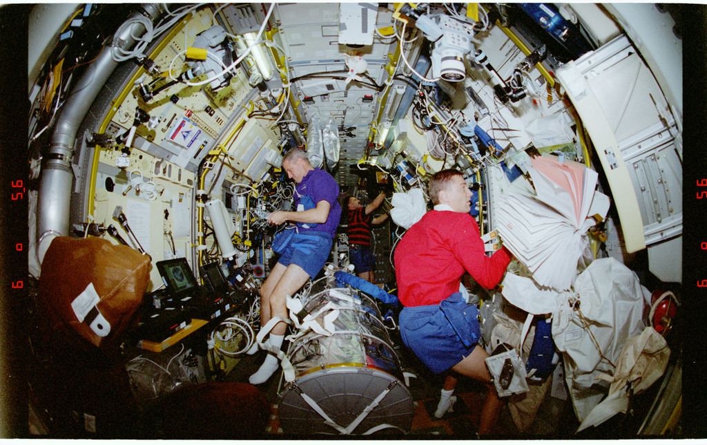 STS090-379-026 - STS-090 - Overall view of STS-90 crew in the Spacelab module