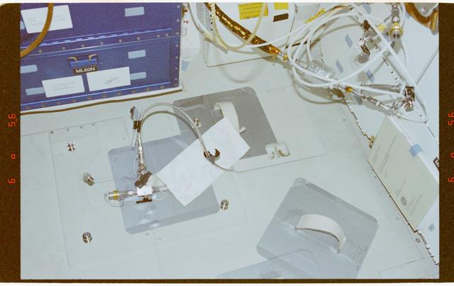STS091-373-030 - STS-091 - RME 1331,water sampler on middeck floor