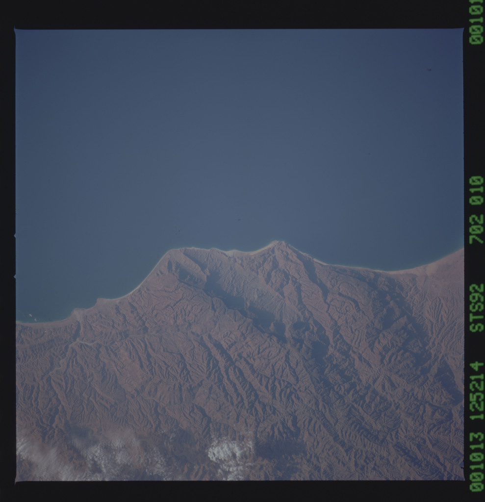 STS092-702-010 - STS-092 - STS-92 Earth obsevation views