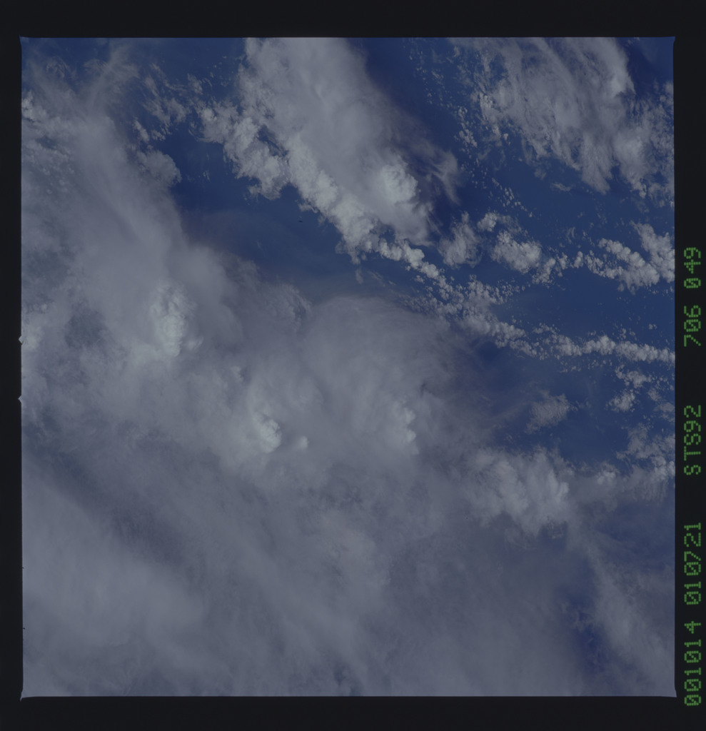 STS092-706-049 - STS-092 - STS-92 Earth observations