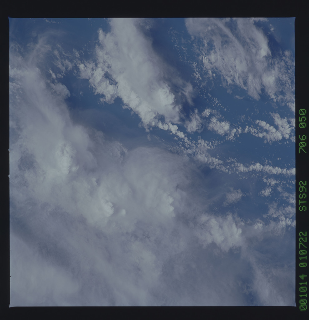 STS092-706-050 - STS-092 - STS-92 Earth observations