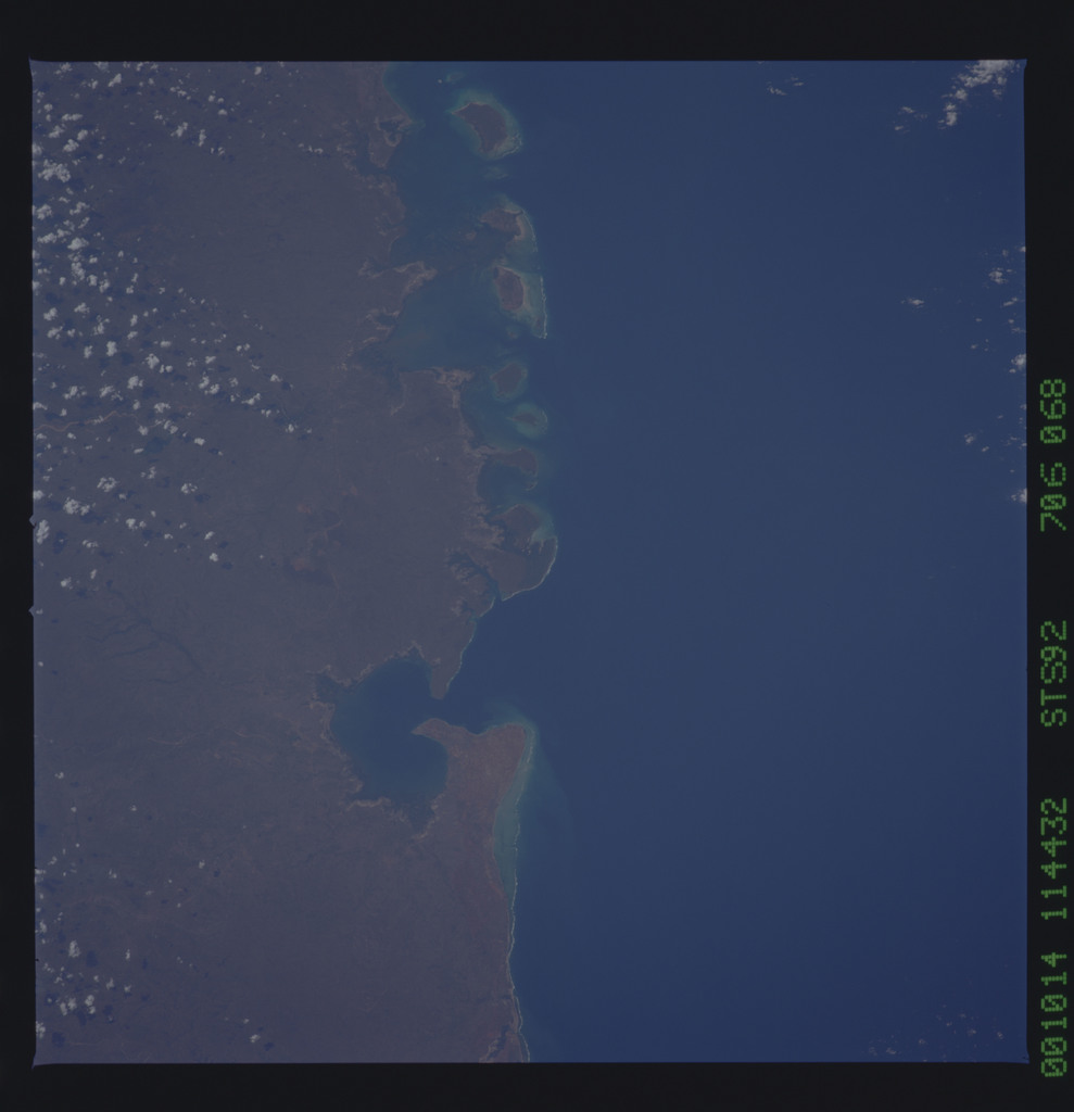 STS092-706-068 - STS-092 - STS-92 Earth observations