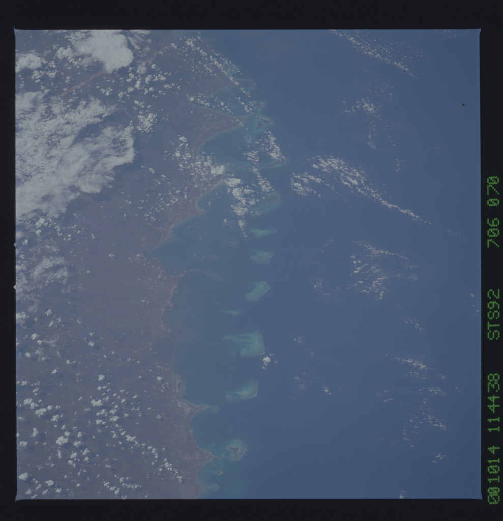 STS092-706-070 - STS-092 - STS-92 Earth observations