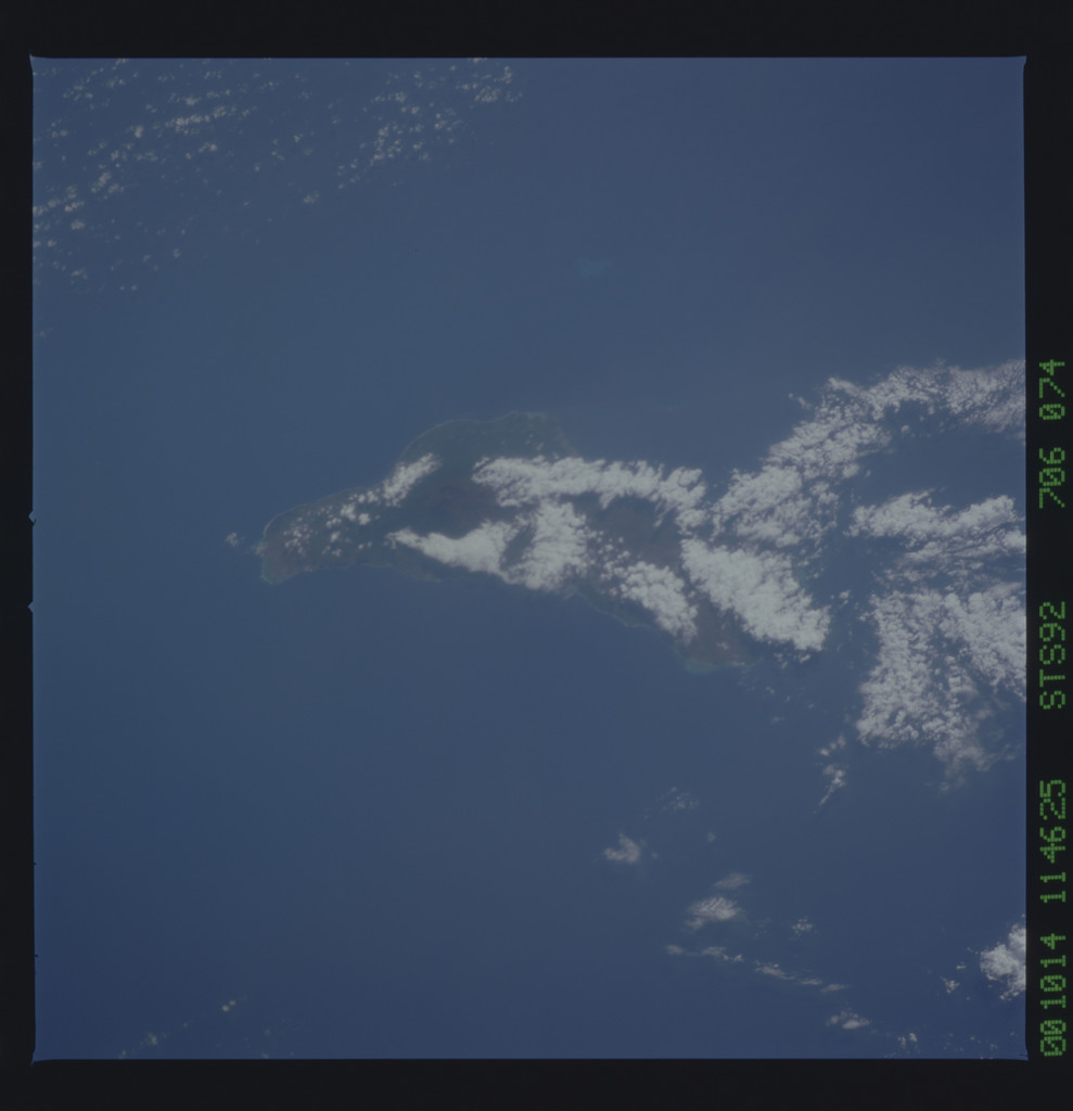 STS092-706-074 - STS-092 - STS-92 Earth observations