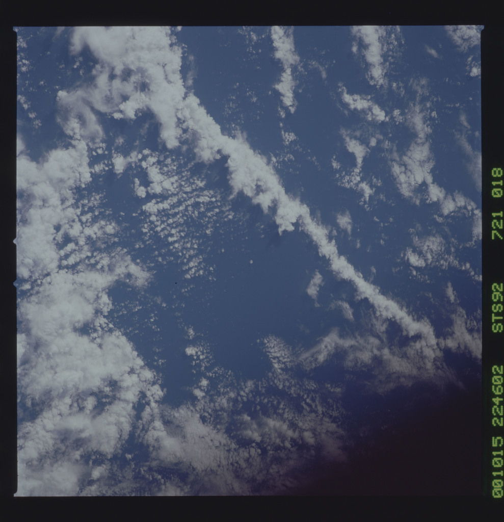 STS092-721-018 - STS-092 - STS-92 Earth observations