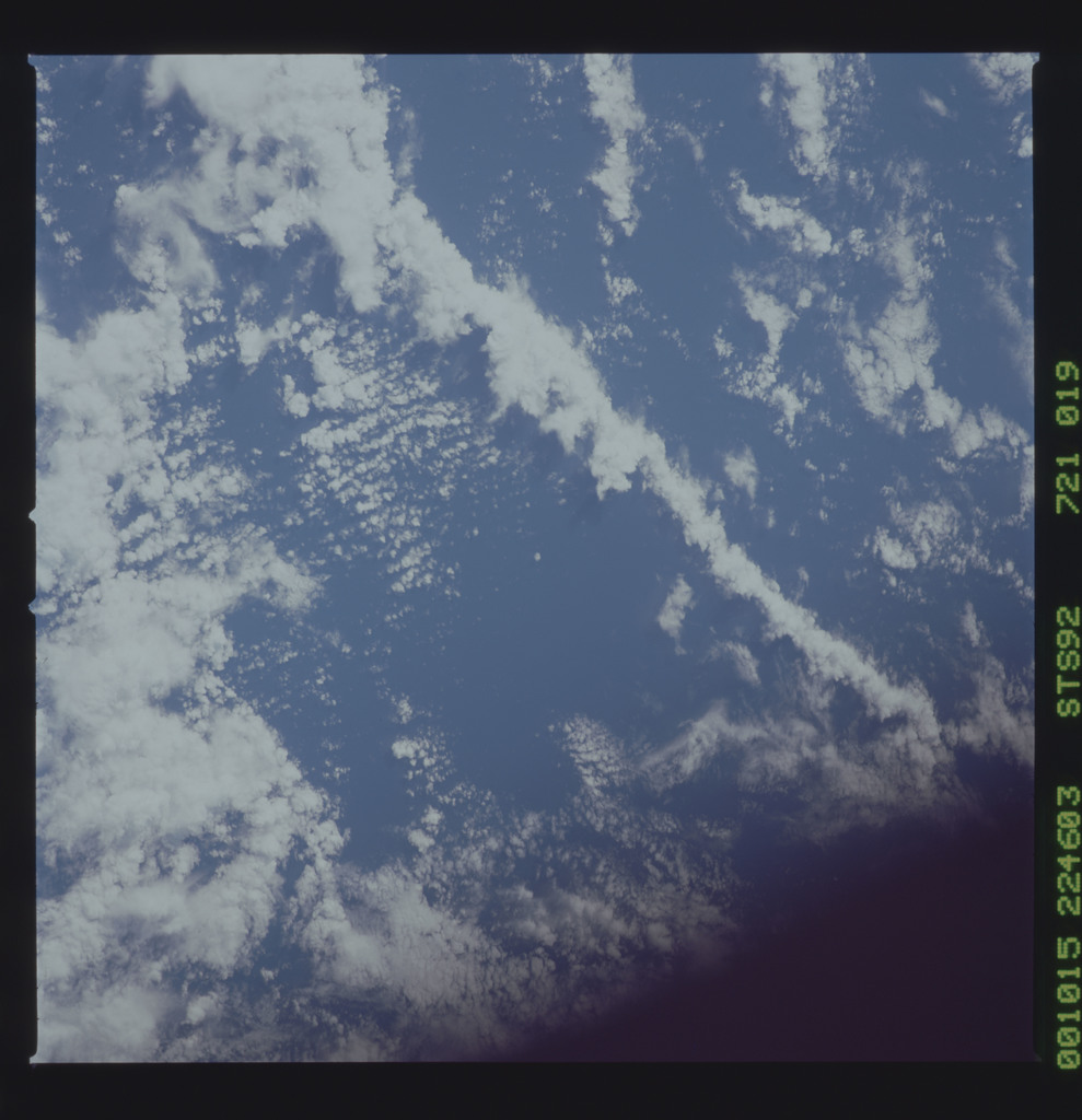STS092-721-019 - STS-092 - STS-92 Earth observations