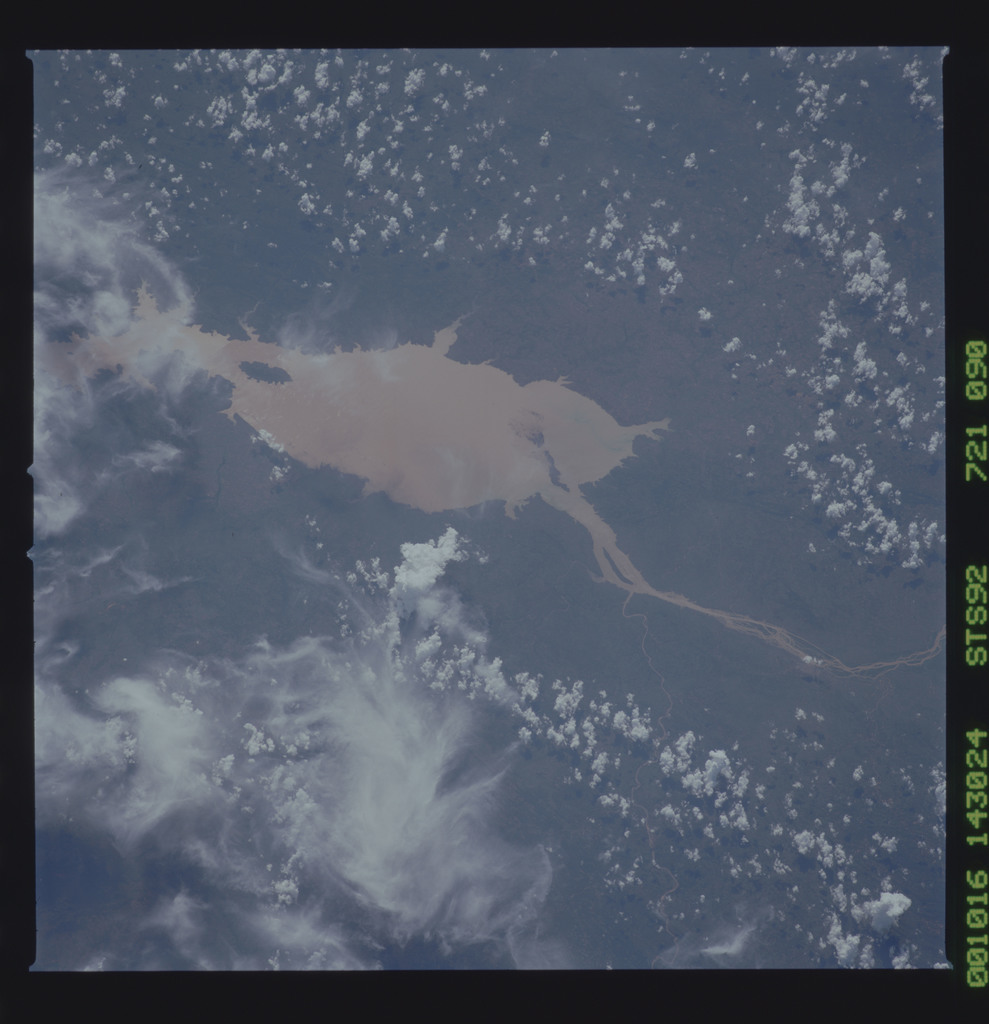STS092-721-090 - STS-092 - STS-92 Earth observations
